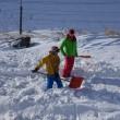 Swiss Snowkite Tour Bernina... Weg freischaufeln..